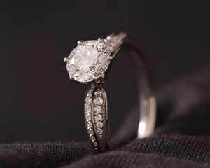 Diamond & Platinum Engagement Ring with Diamond Set Shoulders