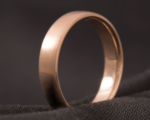 Red Gold Wedding Ring